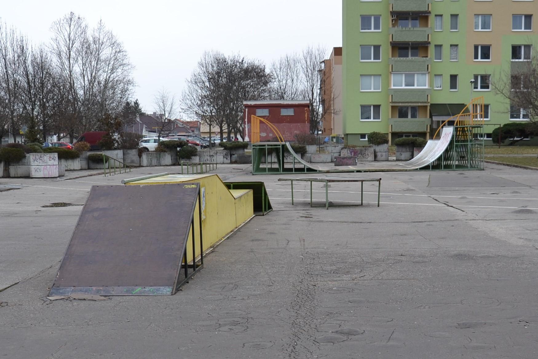310a2378945a7 Zo skateparku parkovisko - Kam v meste | moja Nitra